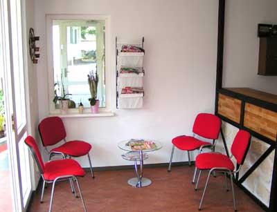 empfangsbereich casa medendi sport physiotherapie und krankengymnastik. Black Bedroom Furniture Sets. Home Design Ideas